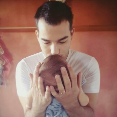 Un bebè, tanti genitori